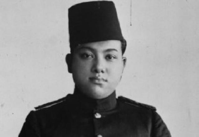 Ini Dia Sultan Syarif Kasim II Itu
