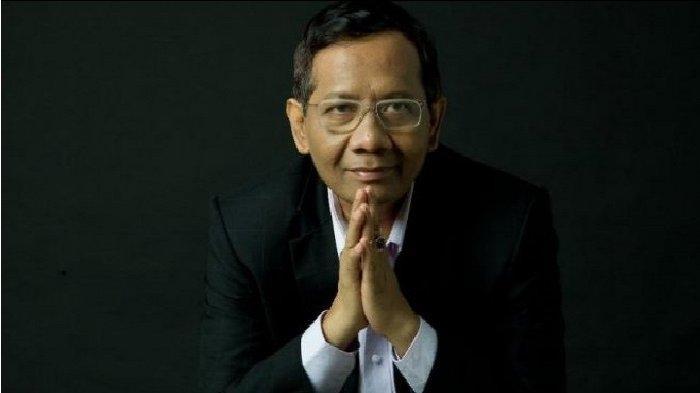 Asyik Nonton Sinetron, Netizen: Pak Mahfud Kalau Butuh Hiburan, Nonton Penderitaan Rakyat Kecil Aja