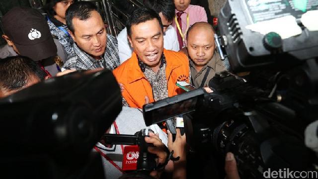 Bupati Rokan Hulu Resmi Ditahan Penyidik KPK di Kasus Korupsi RAPBD