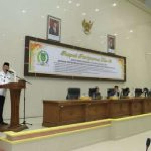 Ketua DPRD Kabupaten Indragiri Hilir Pimpin Rapat Paripurna Perubahan Ranperda